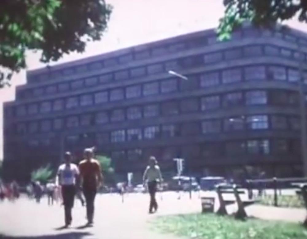 Renoma Kaufhaus, vor dem Krieg – Kaufhaus Wertheim