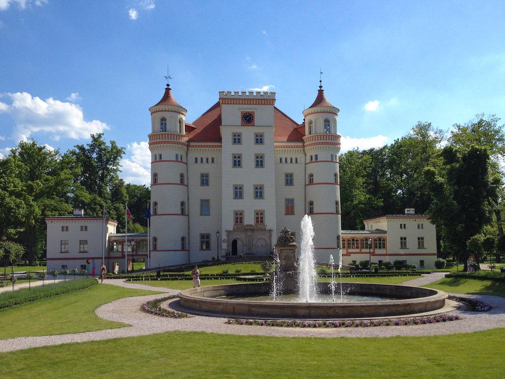 Schloss Schildau (Pałac Wojanów) im Hirschberger Tal