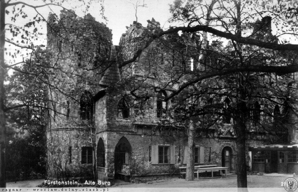 So sah die Alte Burg Fürstenstein vor dem Krieg aus – Quelle: polska-org.pl