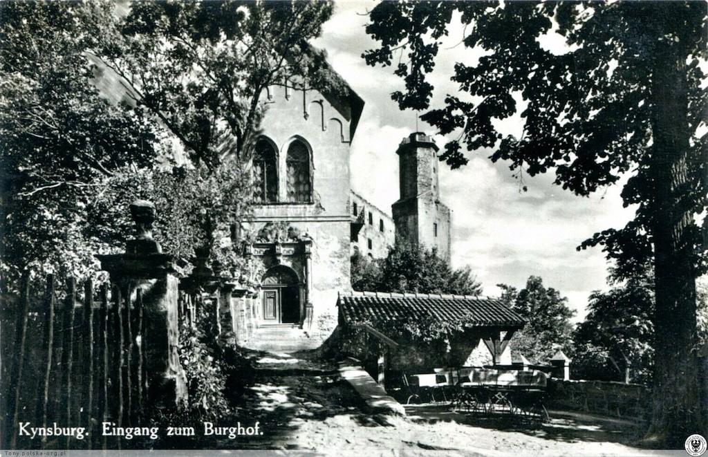 Eingang zur Hauptburg auf Vorkriegsfoto – Quelle: polska-org.pl