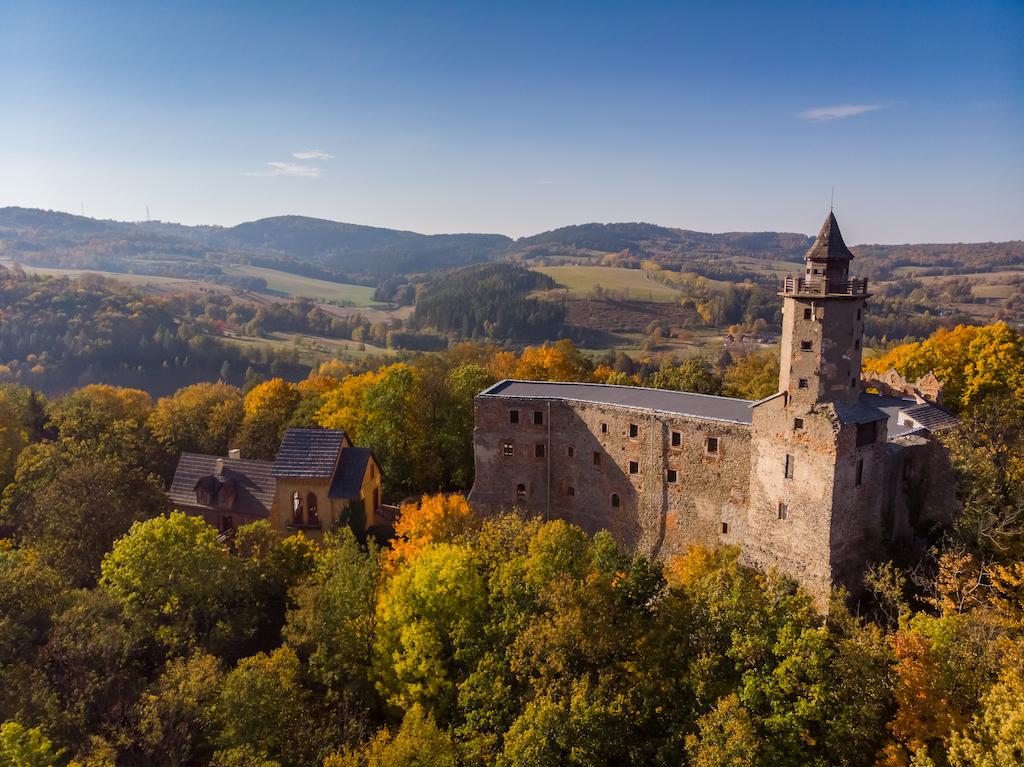 Zamek Grodno – Foto: Marcin Jagiellicz (LOT Aglomeracji Wałbrzyskiej)